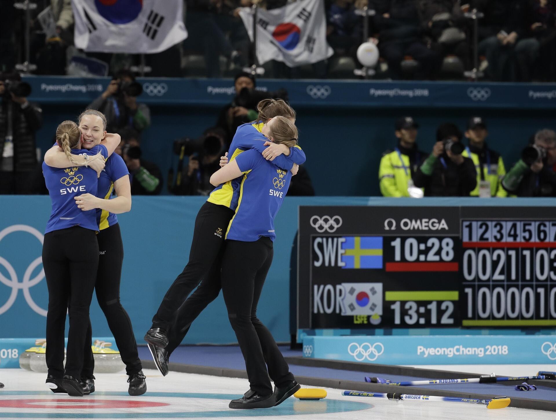 İsveç ev sahibine altın madalyayı göstermedi