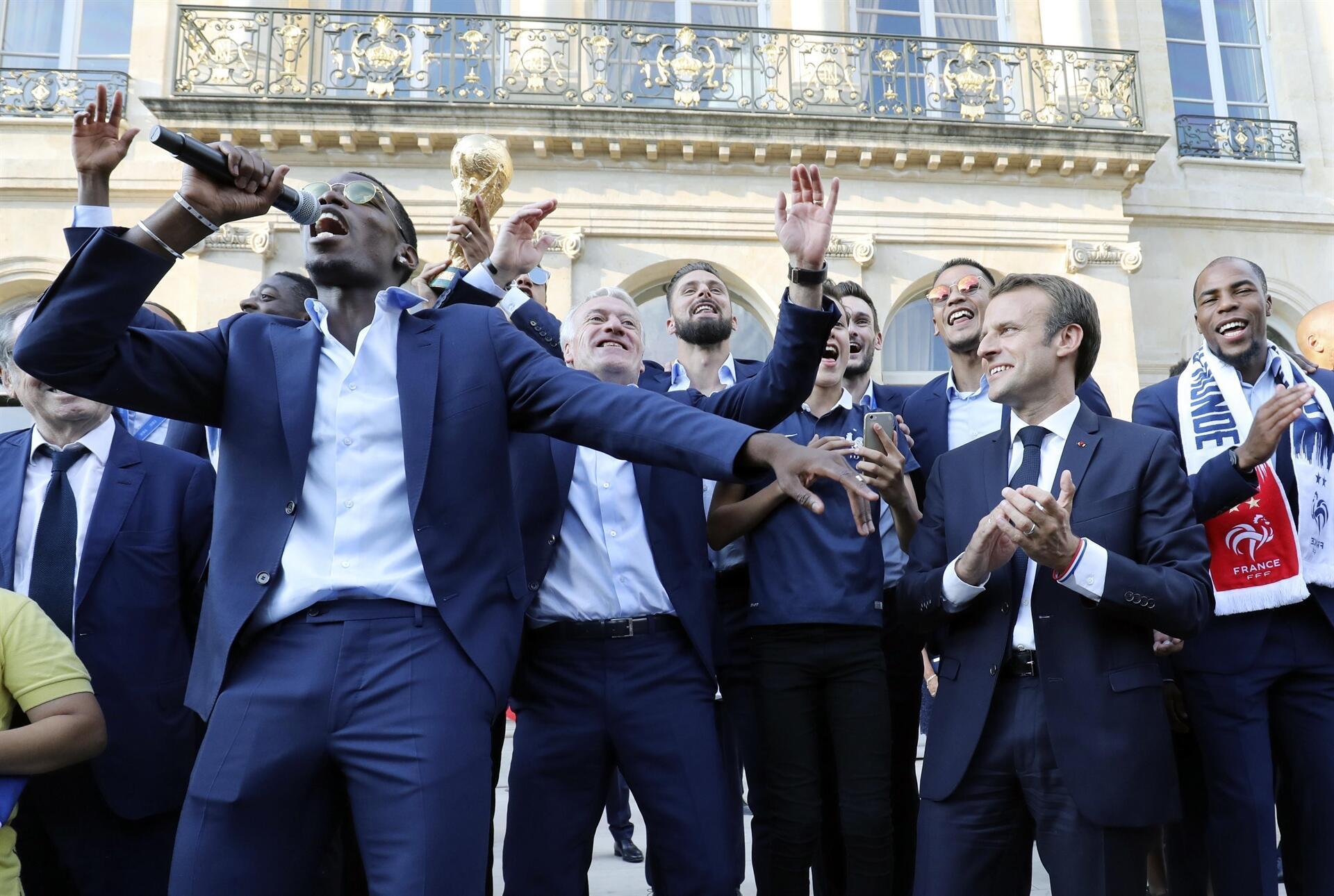 Dünya şampiyonu Fransa evine döndü