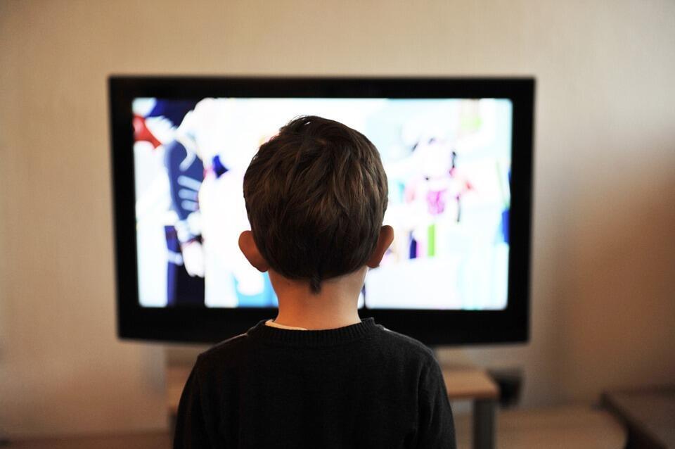 Çocuklarda ekran bağımlılığı kas ve iskelet sistemini olumsuz etkiliyor