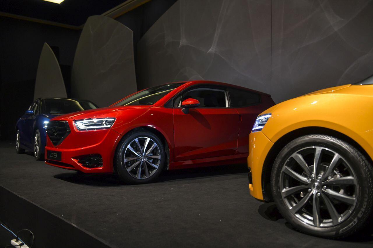 KKTC ilk yerli otomobilini tanıttı