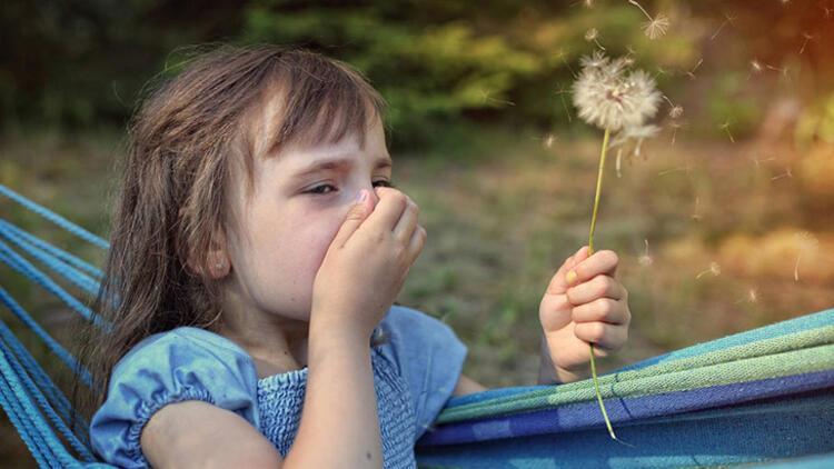 Bahar alerjisi mi yoksa soğuk algınlığı mı? İşte cevabı...