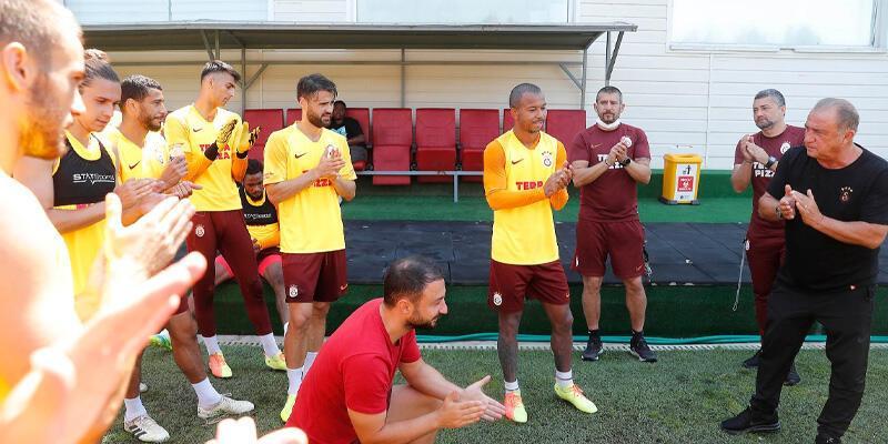 Son dakika... Galatasaray'da Mariano arkadaşlarıyla vedalaştı