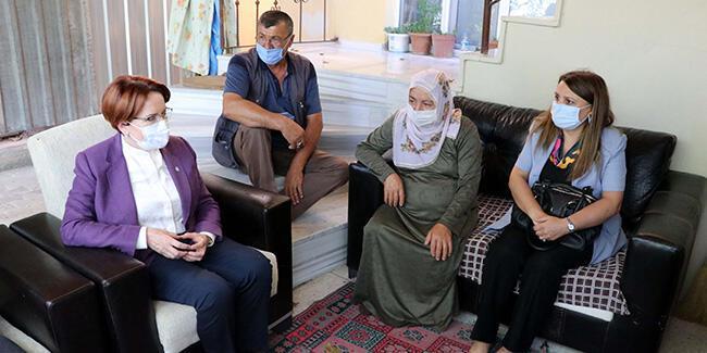 Akşener eski eşi tarafından öldürülen Emine Bulut'un ailesini ziyaret etti