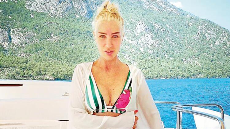 Seda Sayan teknede yaşıyor