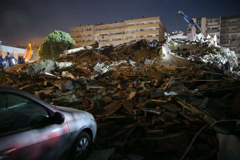 Depremin ardından dünyadan Türkiye'ye destek mesajı yağdı
