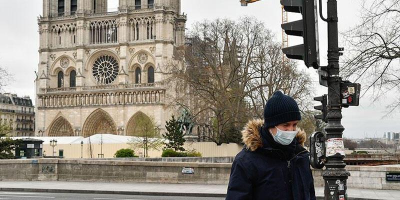 Fransa'da son 24 saatte 9 bin 155 koronavirüs vakası