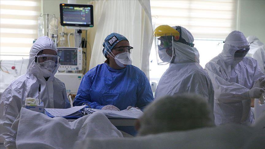 Koronavirüs hastasının tansiyonunu ölçtü, virüs kaptı