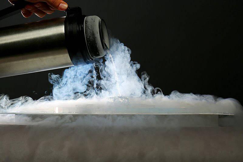 Sıvı nitrojen nedir, kaç derecedir? Sıvı nitrojen ne işe yarar?