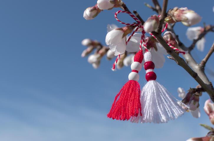 Marteniçka nedir, neden yapılır? Çestita Baba Marta kutlanmaya başlandı