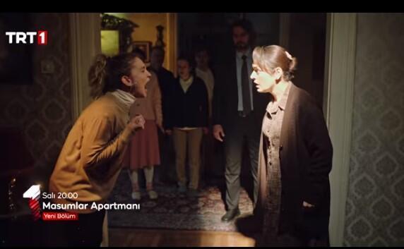 Masumlar Apartmanı 25. bölüm fragmanı izle: Safiye İnci'ye tokat atıyor! thumbnail