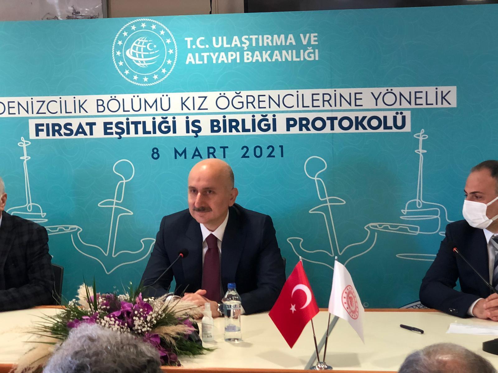 Bakan Karaismailoğlu: Türkiye büyük hedefleri olan ve her alanda geleceği parlak bir ülkedir