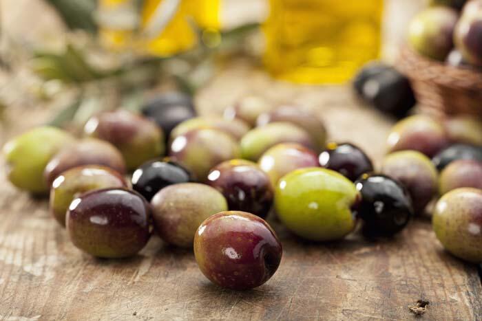 Zeytinyağı ve zeytin yaprağının 16 faydası! İyi gelmediği hastalık yok