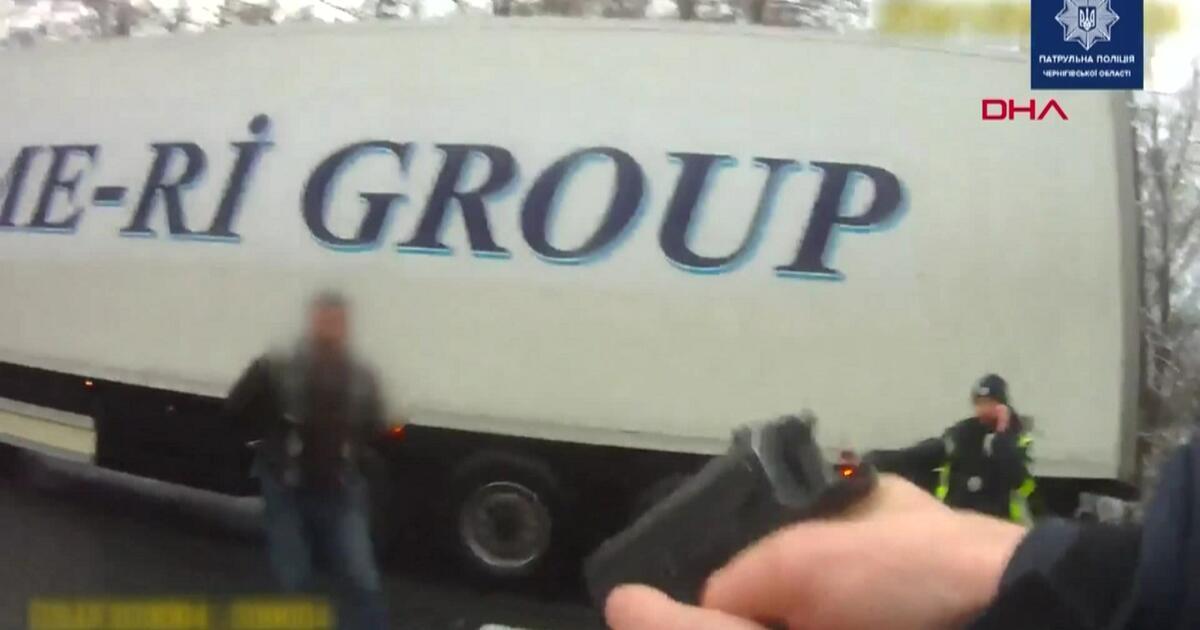 Polisle şoförler arasında arbede