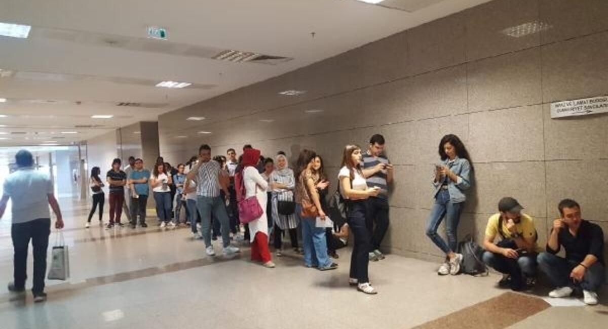 istanbul adliyesi nde sinav yogunlugu