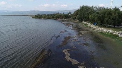 Marmara'nın en büyük gölü İznik, 25 metre çekildi - Son Dakika Haberleri  İnternet