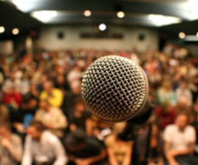 Seyirciye sormak lazım