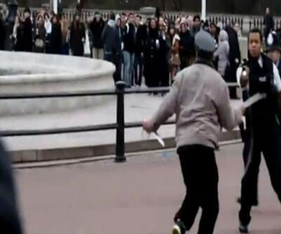Buckingham Sarayı'nın önünde korku dolu anlar