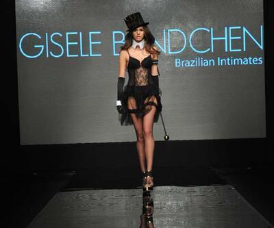 İç giyim koleksiyonunu İstanbul'da tanıttı