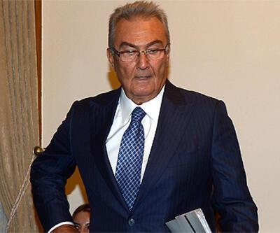 Baykal, Darbe Komisyonu'nu terk etti