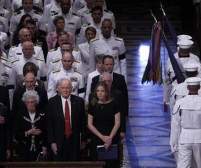 Neil Armstrong için gecikmeli anma töreni