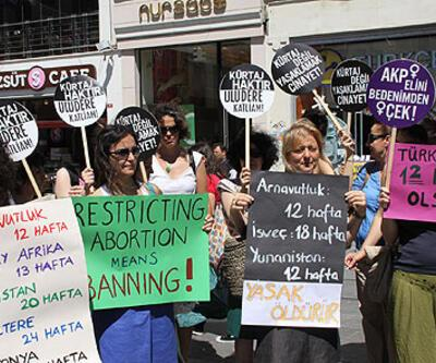 Kürtaj yasağına karşı 55 bin imza