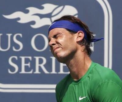 Nadal ve Federer elendi