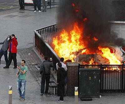 İngiltere yangın yeri... İşte son durum...