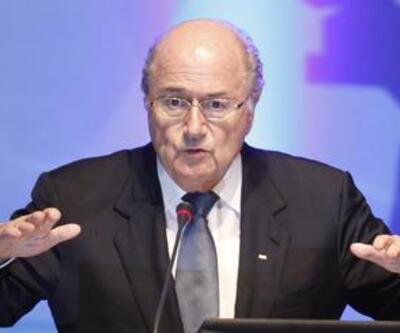 """Blatter: """"Katar 2022 yazın düzenlenecek"""""""