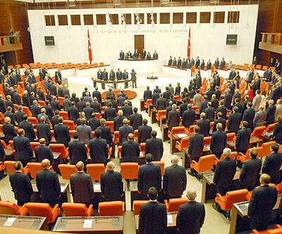 4 yılda bir seçime Gül'den onay