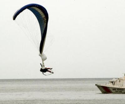 Paraşütü açılmayan genç ölümden döndü