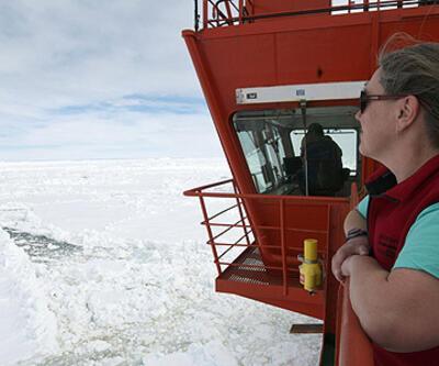 Buzullarda 52 kişi kurtarıldı