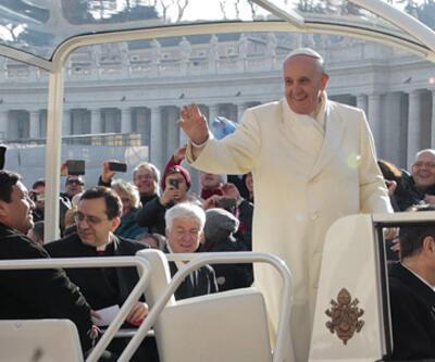 Papa Franciscus'tan ilginç hareket