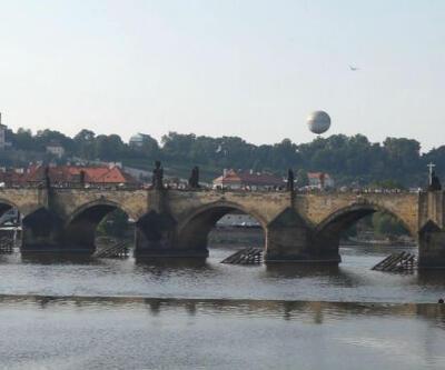Prag'taki tarihi Karl köprüsü neden mutlaka görülmelidir?
