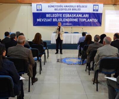 BDP'li belediye başkanlarına demokratik özerklik semineri