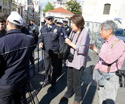 Taksim çevresinde turistlerin zor anları