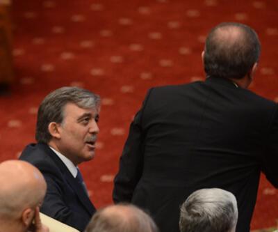 Gül, Erdoğan'ın sakinleştirmeye çalıştı