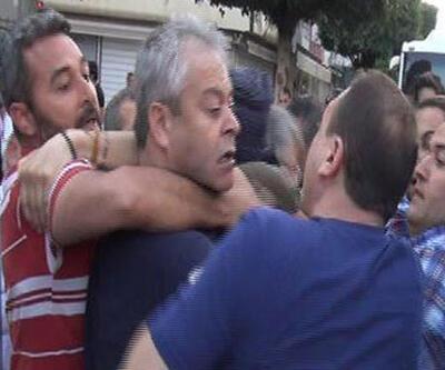 POLİS CHP ADANA MİLLETVEKİLİ TURGAY DEVELİ'NİN BOĞAZINA SARILDI