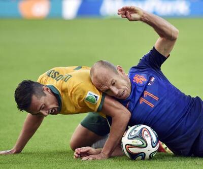 Dünya Kupası B Grubu'nda Hollanda ve Şili çıkmayı garantiledi