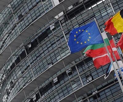 İrlanda ve İspanya kurtarma paketine veda ediyor