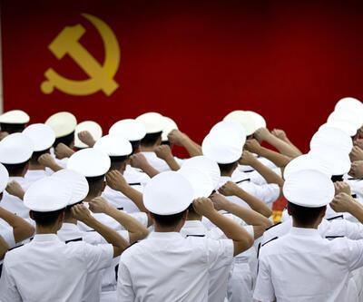 Çin'de yolsuzluk ordunun tepesine sıçradı