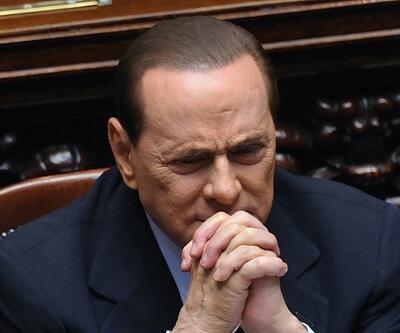 Berlusconi Milan'ı satılığa çıkardı