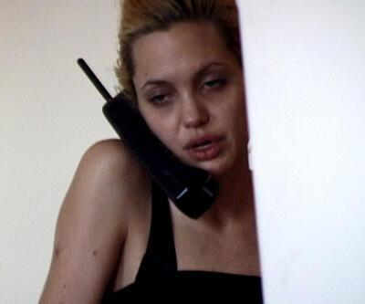 Angelina Jolie'yi hiç böyle görmediniz