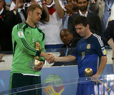 Messi aldığı ödüle bile sevinemedi