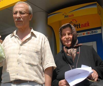 Şehit babası kendini dava eden Başbakan Erdoğan'a kına yolladı