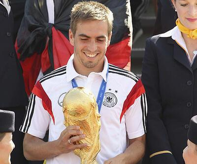 Philipp Lahm milli takım kariyerini sonlandırdı