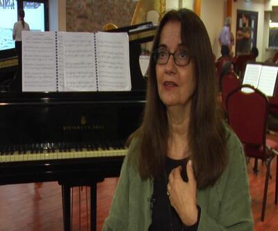 Eleni Karaindrou, Lütfi Kırdar'da