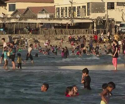 Gazzeliler, kumsallara akın ettiler