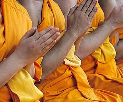Budist rahip, genç kıza tecavüz etti