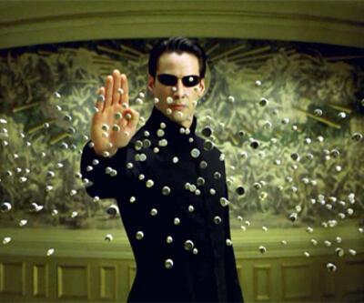 O sadece filmlerde olur Neo!