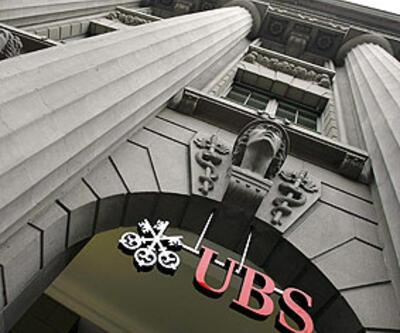 UBS zarar ederken, Swiss Re kar etti